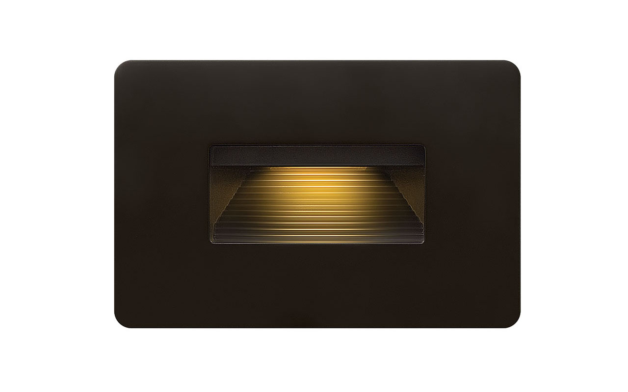 Deckorators® Luna Step Light Black