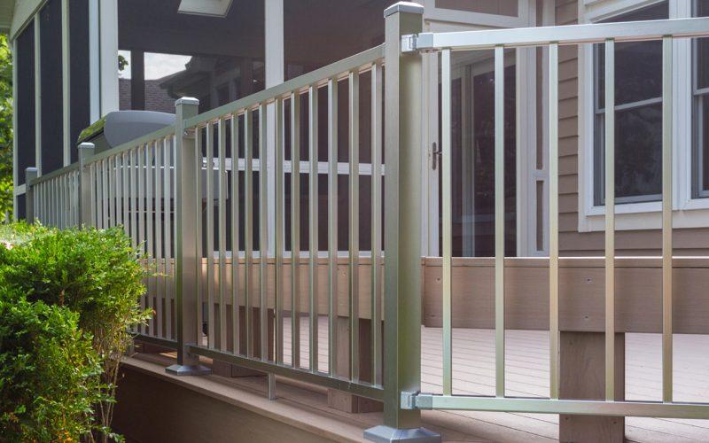 Deckorators® Contemporary Railing
